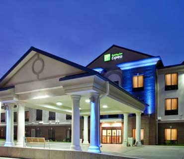 Holiday Inn Express and Suites McPherson KS