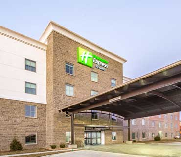 Holiday Inn Express and Suites Shawnee KS